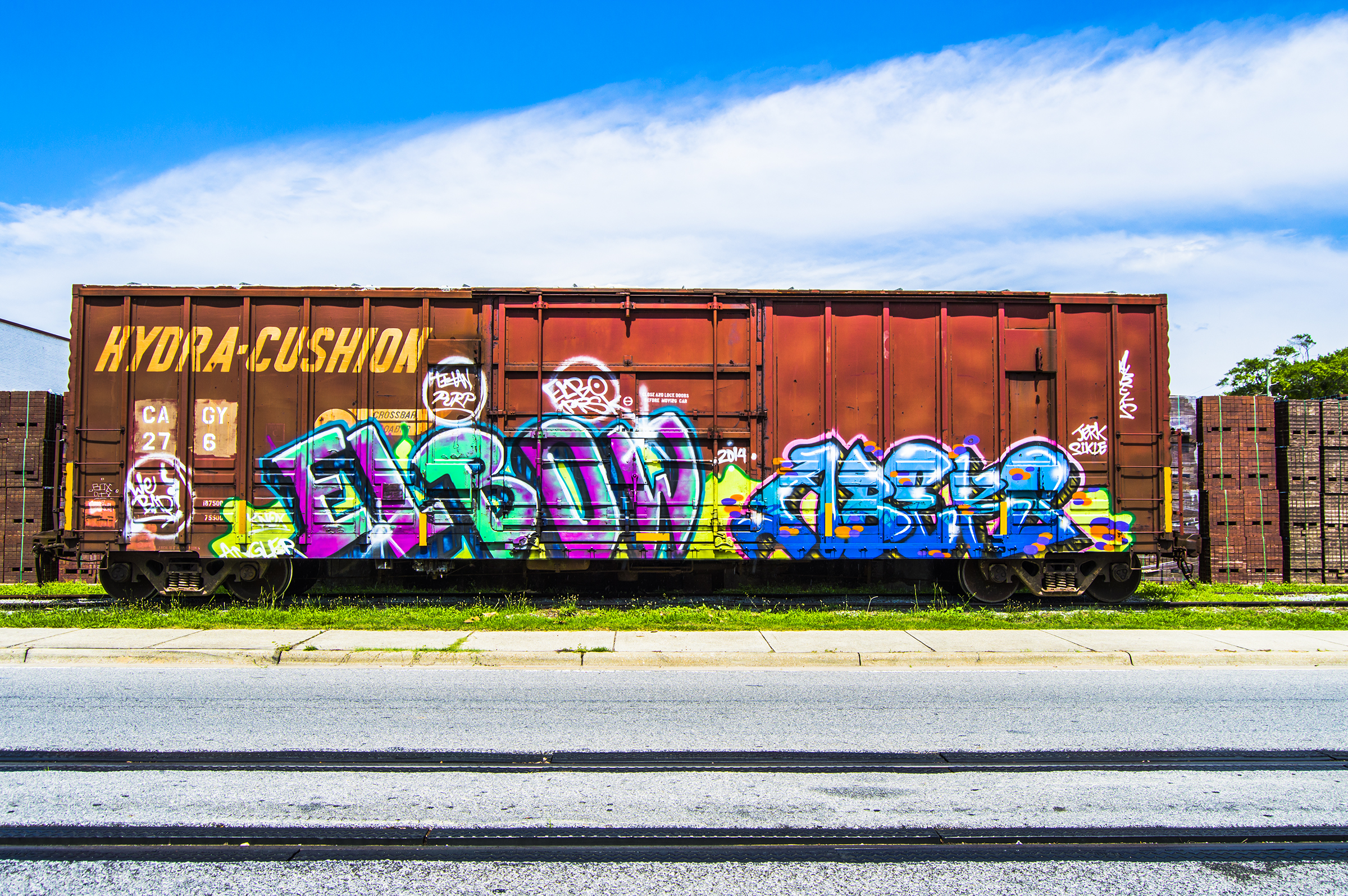 Graffitti freight. – construction syndrome